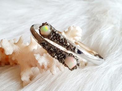 Opaal Pyriet bangle armband zilver kleur